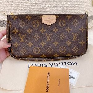 LIKE NEW Louis Vuitton Pochette fromMulti Pochette